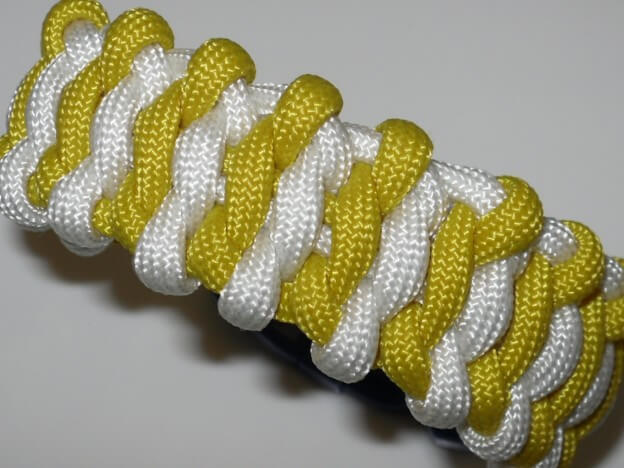 "Paracord 550 Armband ""Surreal Solomon Bar"""
